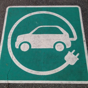"Prime Minister's ""baffling"" decision to leave EU nuclear agency risks UK's electric car revolution, warns Director of the Birmingham Energy Institute"