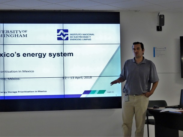 INEEL colleagues present an overview of the Mexican energy system